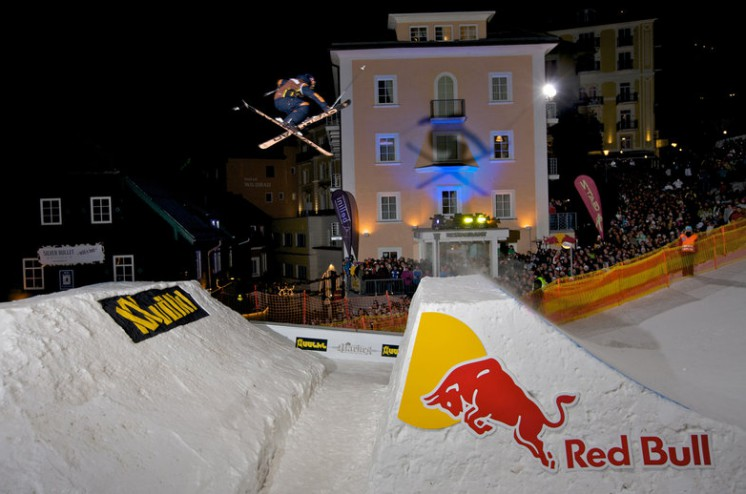 red-bull-playstreets-c-richard-walch-red-bull-content-pool (1)