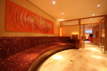 IMPULS HOTEL Wärmebank 1