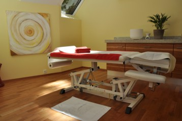 1. Massageräume mit wunderbarer Stimmung