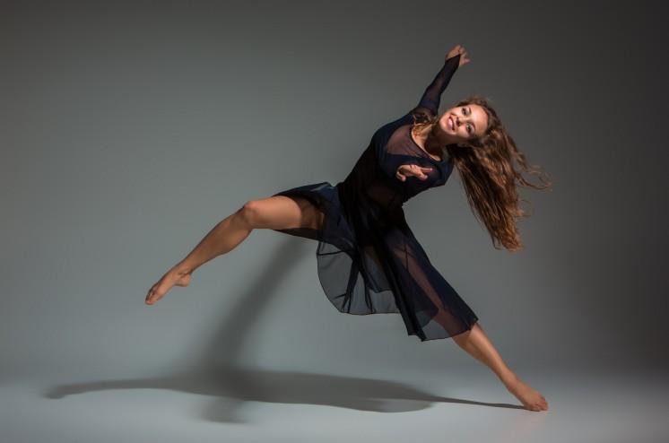 Tanz schwarzes Kleid