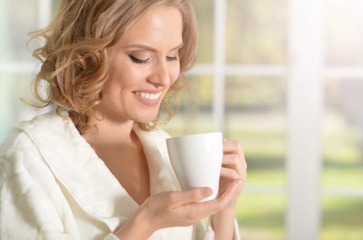 Tee trinken klein