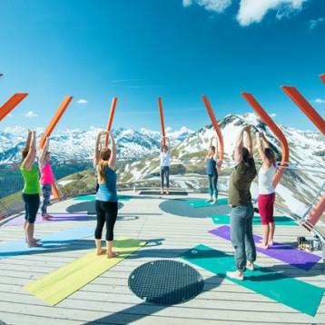 Yoga am Stubnerkogel (c) Gasteinertal Tourismus, Steinbauer Photography (22)